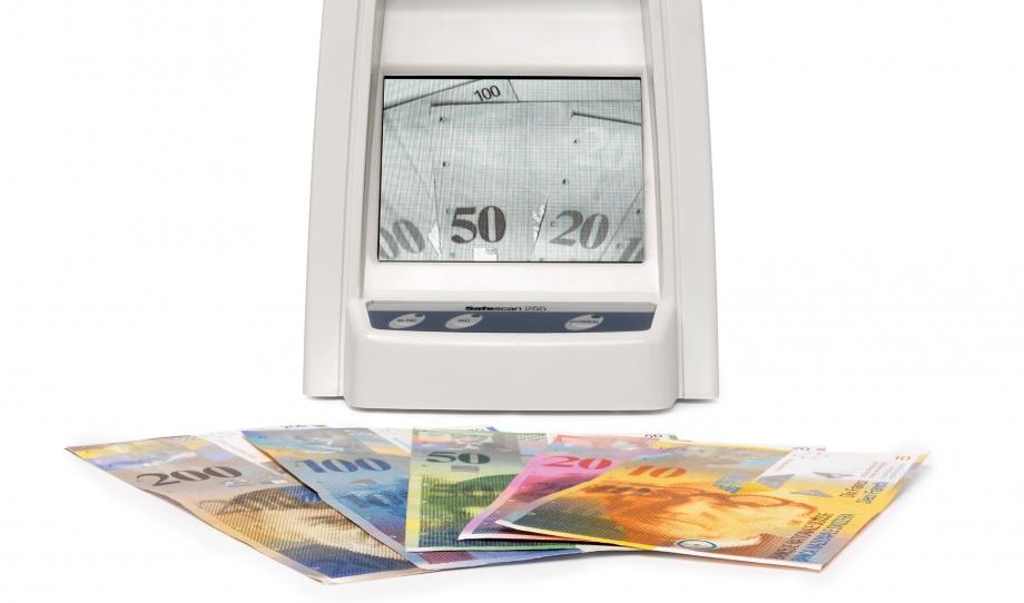 safescan-235-infrared-check-us-dollar-notes