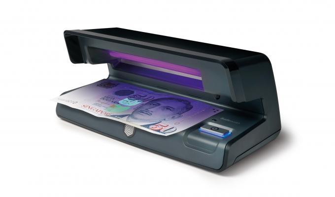 safescan-70-uv-counterfeit-detector
