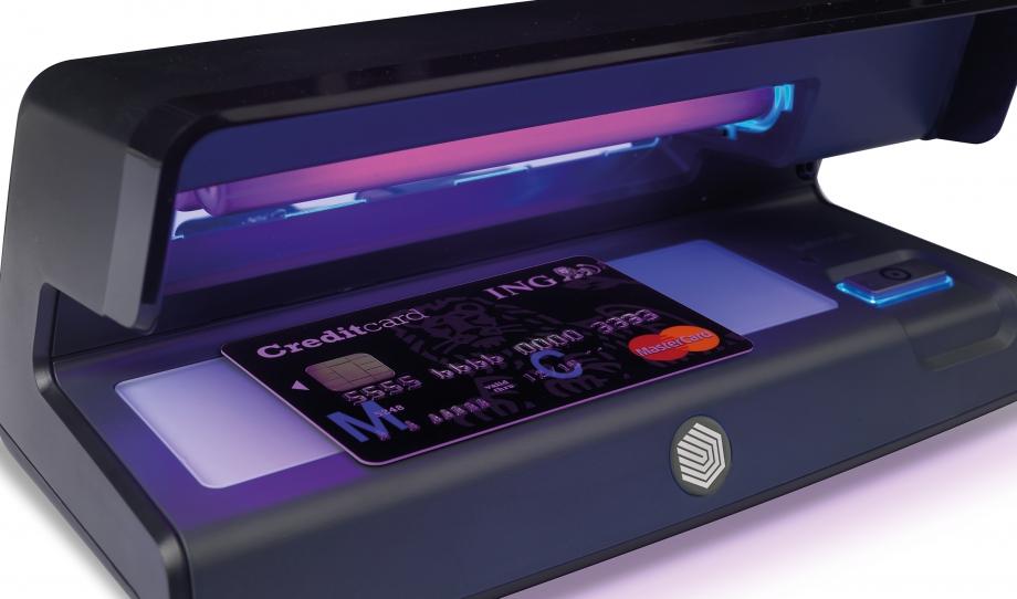 safescan-70-verifies-creditcards